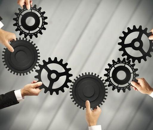 Schnittstellen herstellen zu führenden Systemen